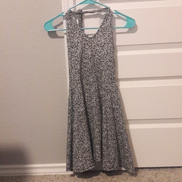 Aeropostale Dresses & Skirts - Aeropostale black and white halter sundress